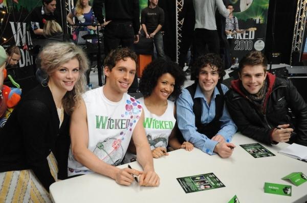 Hannah Toy, Jasmine Kerr & Ensemble Members sign autographs Photo