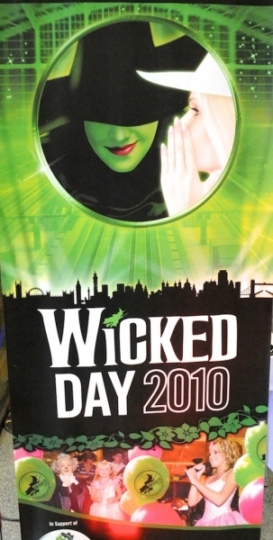 Photo Coverage: WICKED Day 2010 - Live From London!