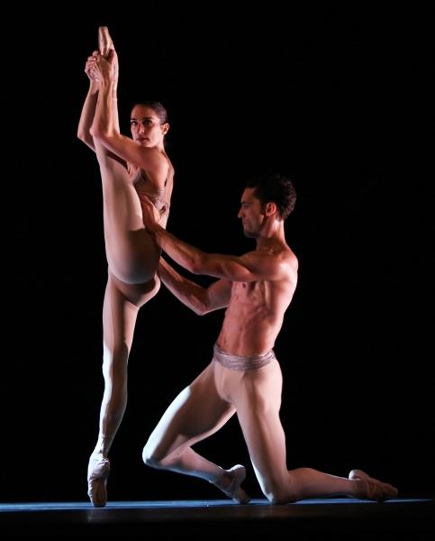 """Valerie Robin & Fabrice Calmels - The Joffrey Ballet """"Light Rain"""" Pas de Deux"""
