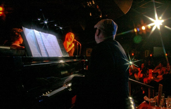 """Jake Simpson, Taylor Dayne & Walter Afanasieff perform at Upright Cabaret's """"It Gets  Photo"""