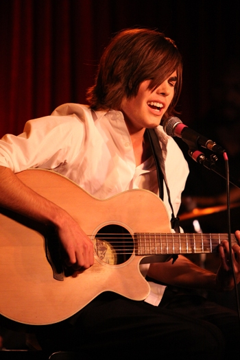"""American Idol's Danny Jones performs at Upright Cabaret's """"It Gets Better"""" concert Photo"""