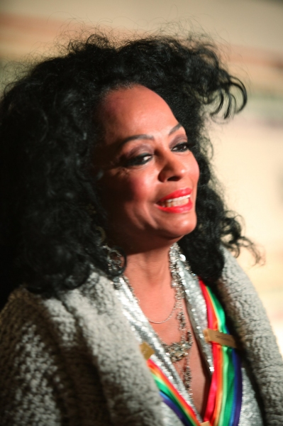 Diana Ross at 2010 Kennedy Center Honors Red Carpet Part 1