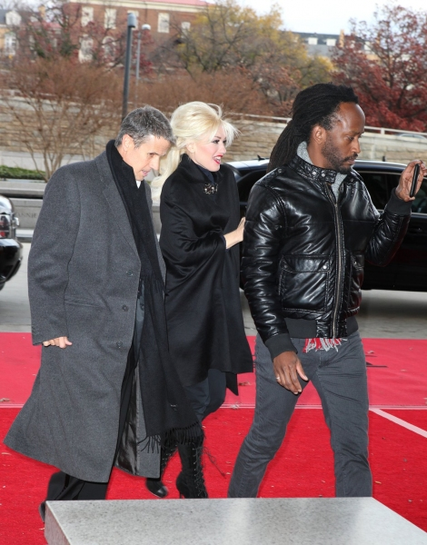 Photo EXCLUSIVE: Rehearsal Arrivals for the 2010 Kennedy Center Honors