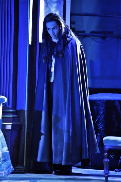 Photo Flash: Off-Broadway's DRACULA, Opens January 5