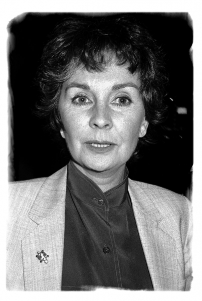 "Jean Simmons - attends ""Barnum"", NYC  1/4/1981 Photo"