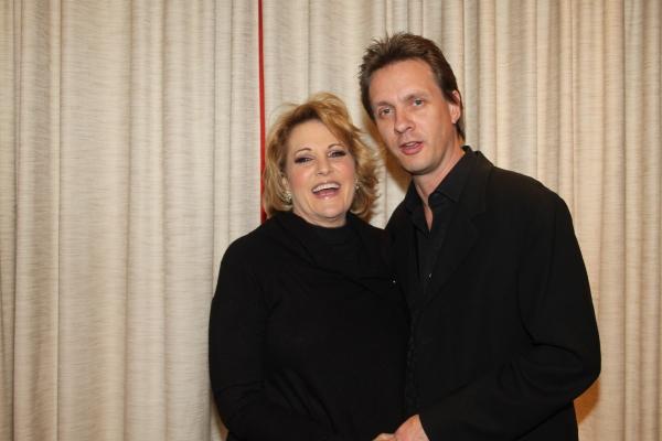 Photo Flash: Lorna Luft Opens at Feinsteins