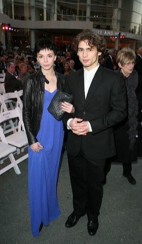 Natalia Osipova (L) and Ivan Vasiliev