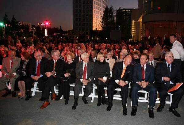 Former Govenor Arnold Schwartzenegger (second from right) attends the Orange County Perfroming Arts Center's renaming ceremony to Segerstrom Center for the Arts