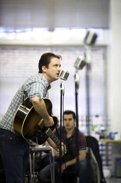 Photo Flash: Million Dollar Quartet Begins UK Rehearsals