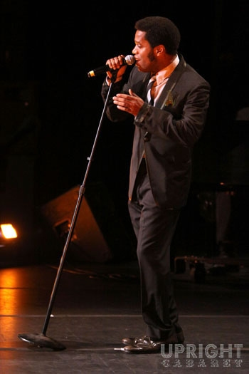 Ty Taylor at Upright Cabaret's American Icon Series at Thousand Oaks Civic Arts Plaza