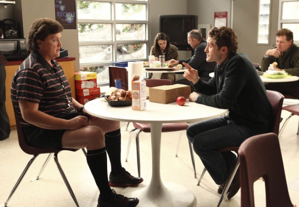 Coach Beiste (guest star Dot- Marie Jones, L) and  Will (Matthew Morrison, R) chat in the teachers' lounge in a special episode of GLEE airing after SUPER BOWL XLV on Sunday, Feb. 6 (approx. 10:30-11:30 PM ET; approx. 7:30-8:30 PM PT) on FOX.  ©2011 Fo