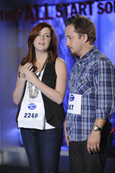 AMERICAN IDOL: NASHVILLE: L-R: Chelsee Oaks, 23 and Rob Bolin, 23 perform in front of the judges on Thursday, Jan. 27 on FOX. CR: Michael Becker / FOX.
