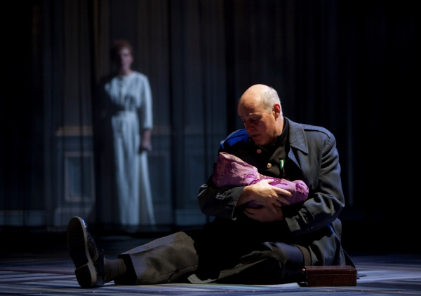 Photo Flash: Guthrie's THE WINTER'S TALE