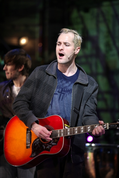 Declan Bennett & the Broadway Cast Of AMERICAN IDIOT at Melissa Etheridge Joins the Cast of AMERICAN IDIOT