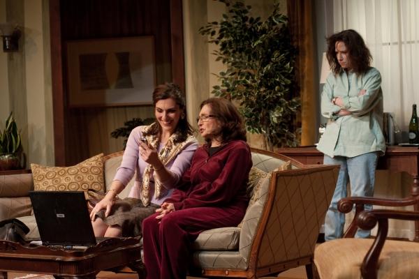 Sarab Kamoo, Henrietta Hermelin, Leah Smith Photo