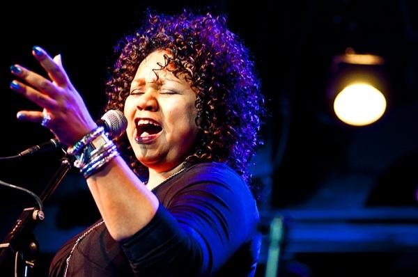 Aisha de Haas  at Doyle, Umphress, et al. Sing Jonathan Reid Gealt  at CD Release Concert
