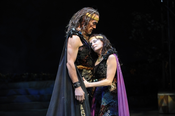 John Hutton as Oberon and Kathleen McCall at Titania