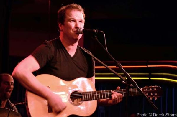 Photo Flash: LA CAGE AUX FOLLES' Douglas Hodge Plays Birdland