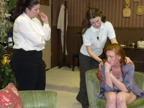 (L-R) Jessica Clare (Patricia), Sonia Justl (Terry), Kirsten Deane (Marjorie)