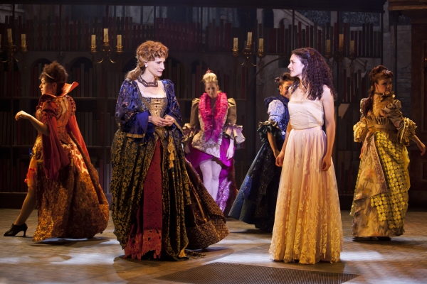 Photo Flash: DANGEROUS BEAUTY Opens at the Pasadena Playhouse