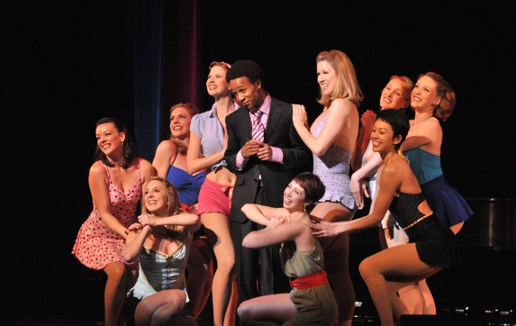 Kendrick Jones andThe Siegfeld Follies Girls-Elizabeth Clinard, Jaime Lyn Frola, Ange Photo