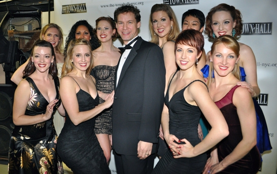 Kevin Earley and The Siegfeld Follies Girls-Elizabeth Clinard, Jaime Lyn Frola, Angel Photo