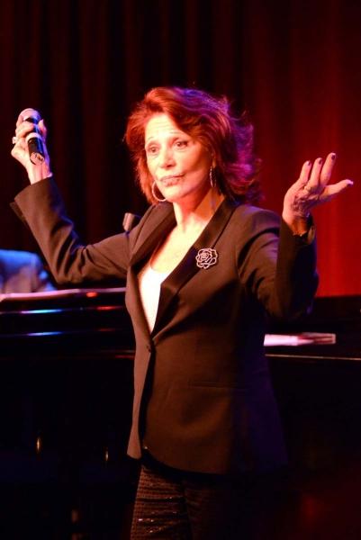 Photo Flash: Linda Lavin Plays Birdland