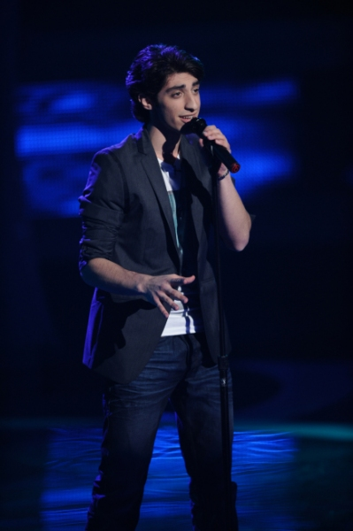 AMERICAN IDOL; Top 24: Robbie Rosen performs in front of the judges on AMERICAN IDOL  Photo