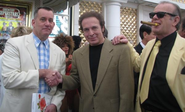 Steve Weber (Forrest Gump), Tom Jones (Harmik), Jack Nicholson (Robert Bullard)
