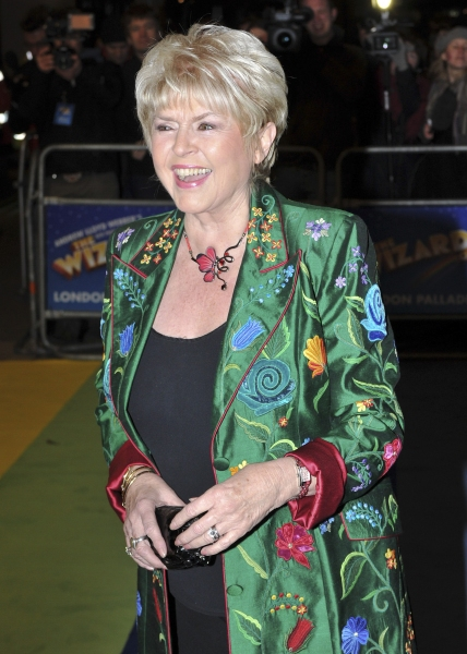 Gloria Hunniford at THE WIZARD OF OZ West End Red Carpet