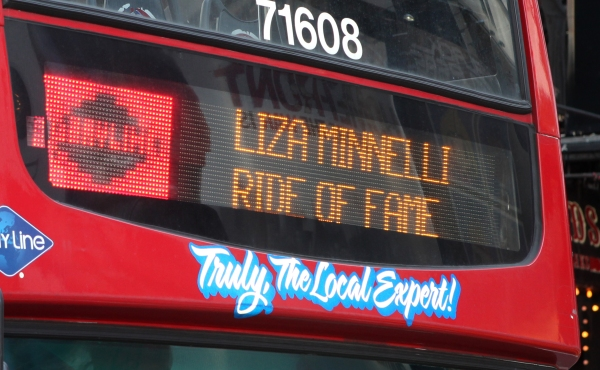 Photos: Gray Line's 'Ride Of Fame' Campaign Honors Liza Minnelli