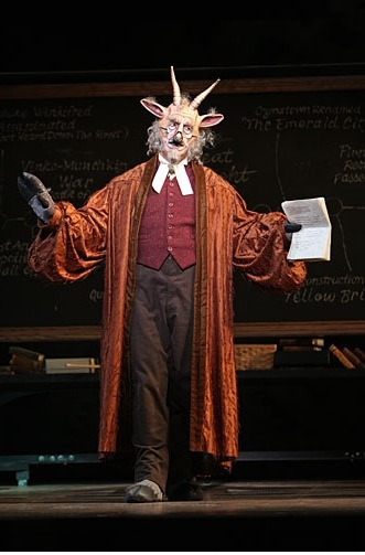 Tom Flynn at WICKED on Stage - New Shots!