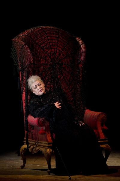 """Dolora Zajick as the Countess in Tchaikovsky's """"The Queen of Spades."""" Photo: Marty Sohl/Metropolitan Opera  Taken at the rehearsal on March 4, 2011 at the Metropolitan Opera in New York City."""
