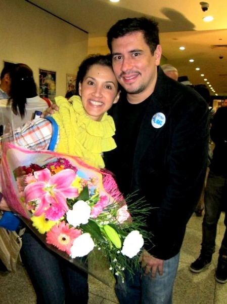 Photo Flash:  NEXT TO NORMAL Manila Opening Night