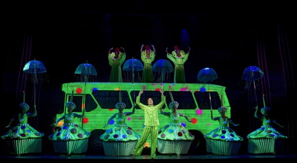 Priscilla, Queen of the Desert: The Musical Production Photo - Will Swenson and the Cast of PRISCILLA