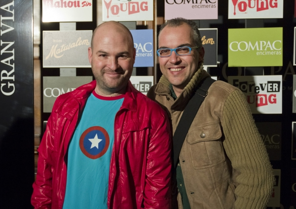 PHOTO FLASH: Estreno de Forever Young