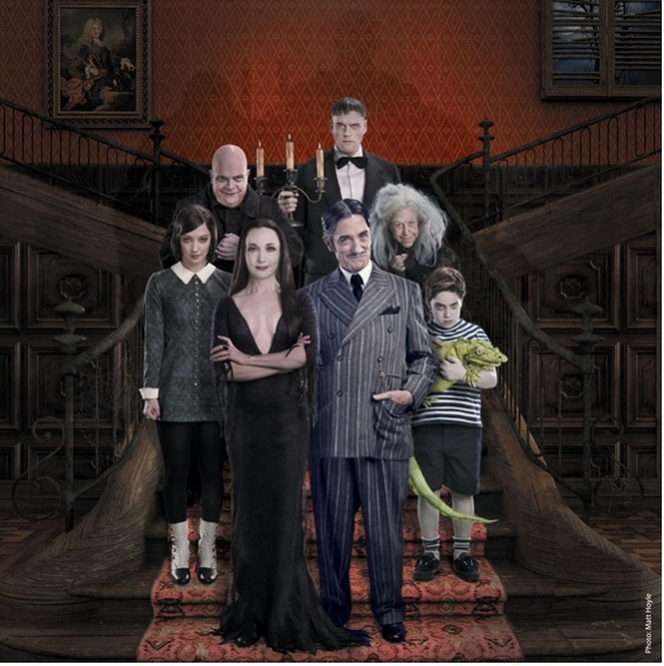 Photo Coverage: THE ADDAMS FAMILY's First New Family Photo!