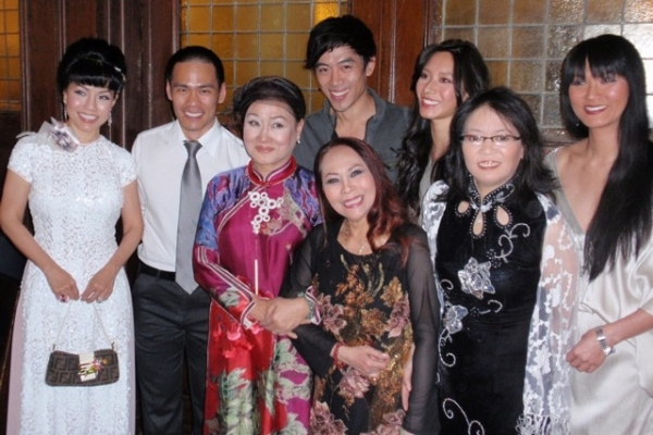 Jennifer Than Hanh,  Thai-Hoa Le, Nguyen thi Minh Ngoc, Ngoc Dang, Leon Le, Chantal Thuy, Nancy Eng, Tienne Vu