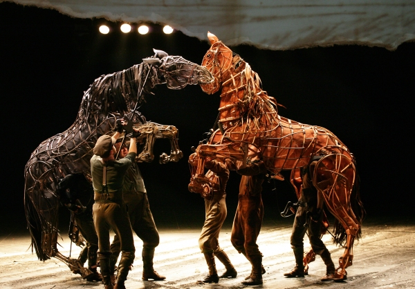 Photo Flash: National Theatre's WAR HORSE
