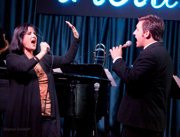 Photo Coverage: Terese Genecco Plays the IRIDIUM