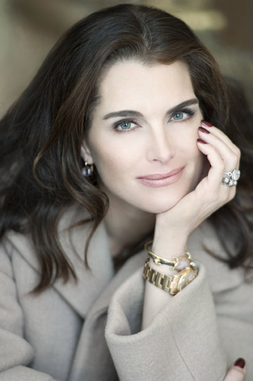 Brooke Shields to Join THE ADDAMS FAMILY as Morticia June 28