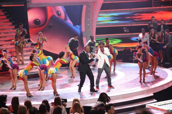 Photo Flash: Last Night's AMERICAN IDOL Results Show!