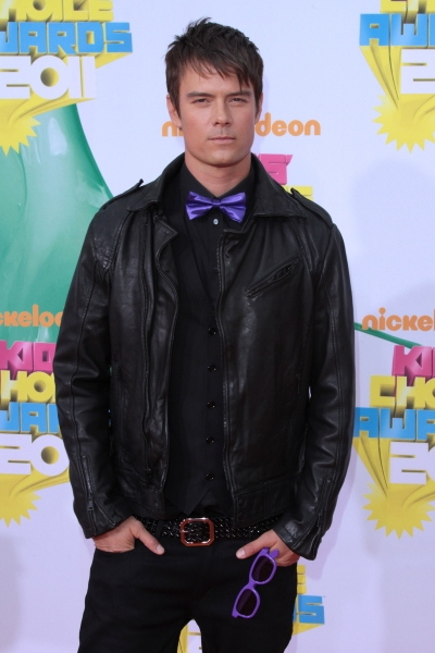 Josh Duhamel at The 2011 Nickelodeon Kids Choice Awards Arrivals
