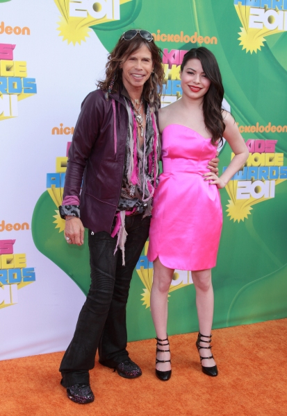 Steven Tyler, Miranda Cosgrove at The 2011 Nickelodeon Kids Choice Awards Arrivals