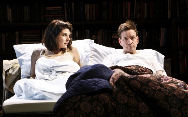Marisa Tomei and Frank Whaley
