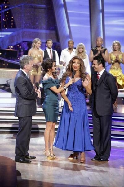 Photo Flash: Wendy Williams Leaves DANCING WITH THE STARS