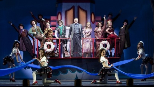 Photo Flash: CURTAINS at Paper Mill Playhouse!