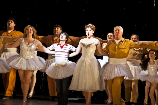 "Laura Marie Duncan, Alex Ko, Emily Skinner, Gregory Jbara and the Company of ""Billy E Photo"