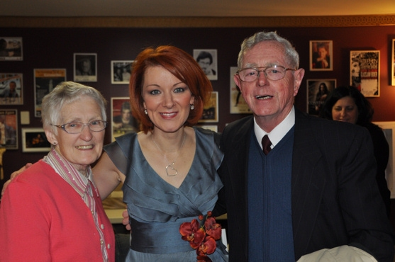 Orla Fallon with WLIW members Elizabeth and Ronnie Allen