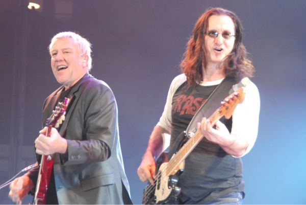 Photo Flash: Rush Plays Madison Square Garden